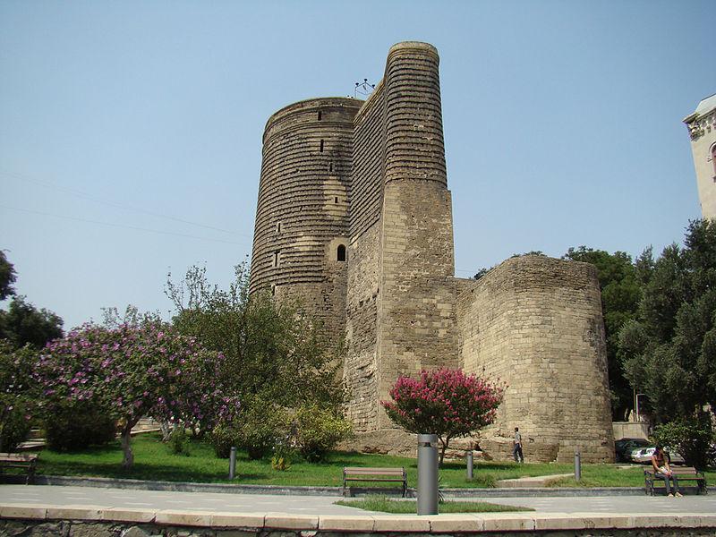 برج العذراء في باكو عاصمة اذربيجان