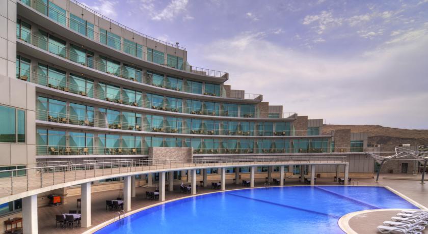 فندق رامادا باكو2