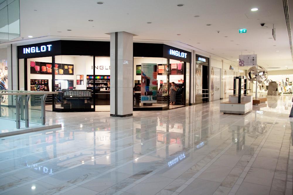 مركز Mall 28 في باكو اذربيجان