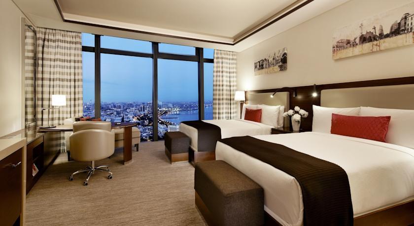 فندق فيرمونت باكو Fairmont Baku at the Flame Towers
