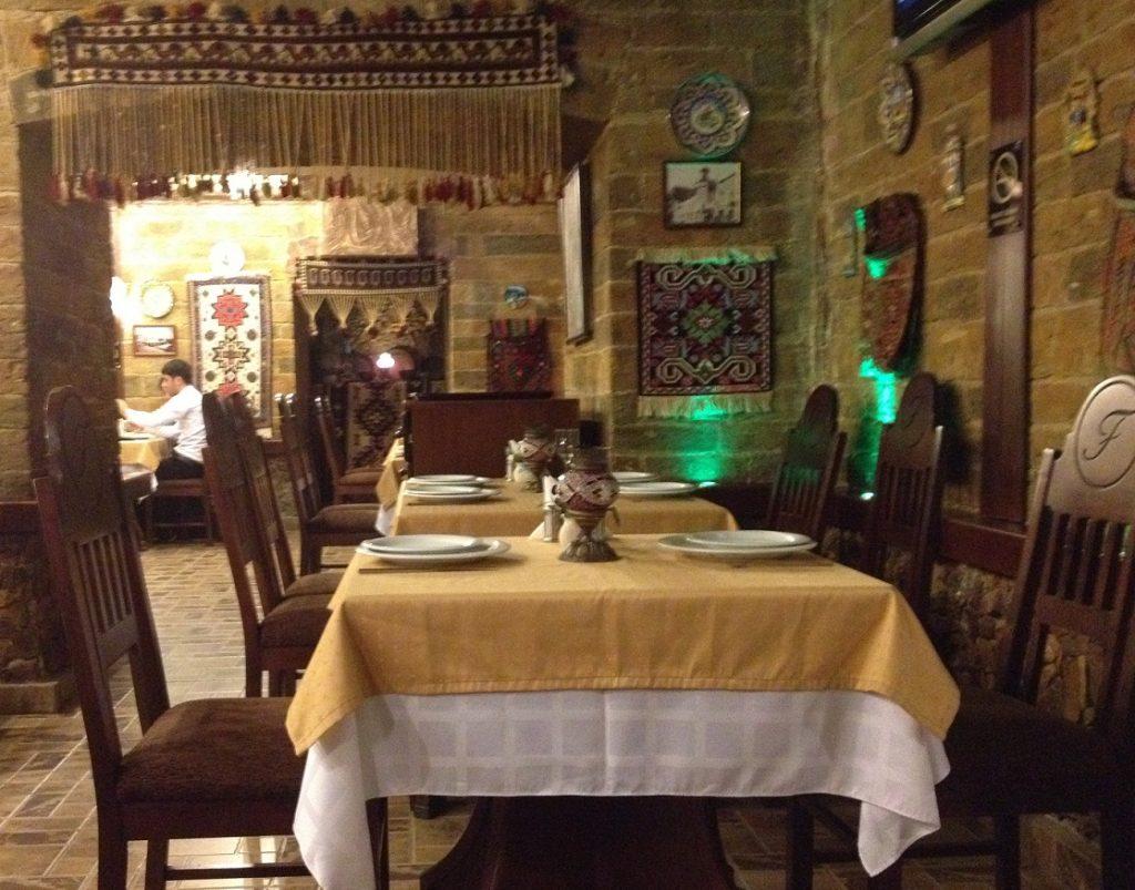 Firuze مطعم افضل مطاعم باكو اذربيجان
