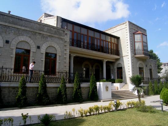 صندوق نوبل باكو للتراث Baku Nobel Heritage Fund