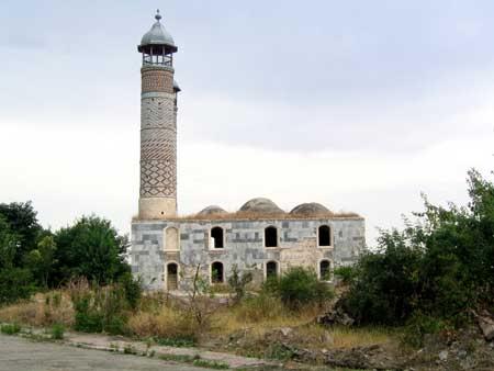 مسجد أقدام Agdam Mosque في نخجوان