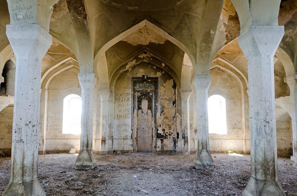 اثار مساجد في اذربيجان