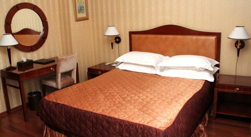 Sheki Palace Hotel فندق شكي بالاس في مدينة شكي