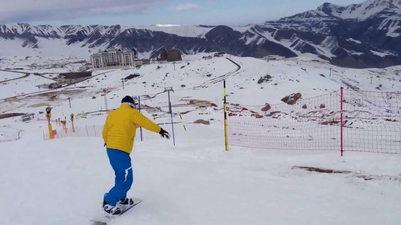 التزلج على الثلج في قابالا في اذربيجان