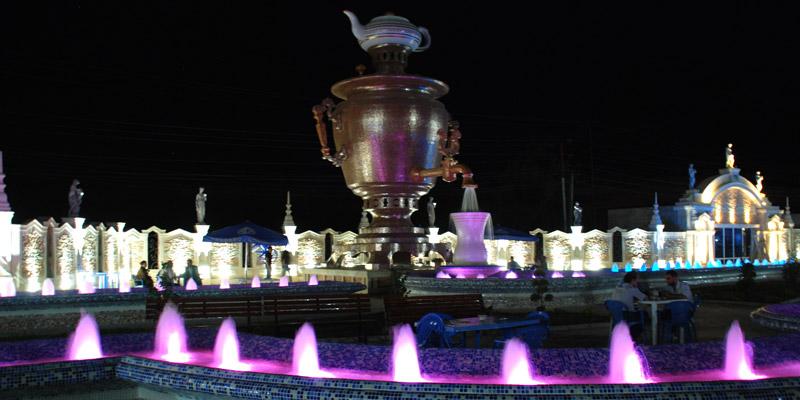المقاهي والمطاعم في مدينة خاشماز