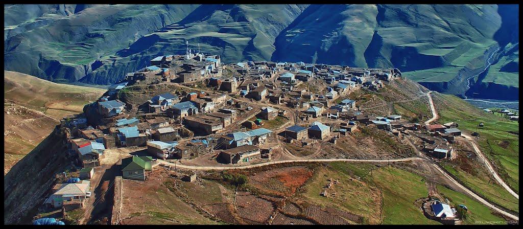 قرية خيناليق